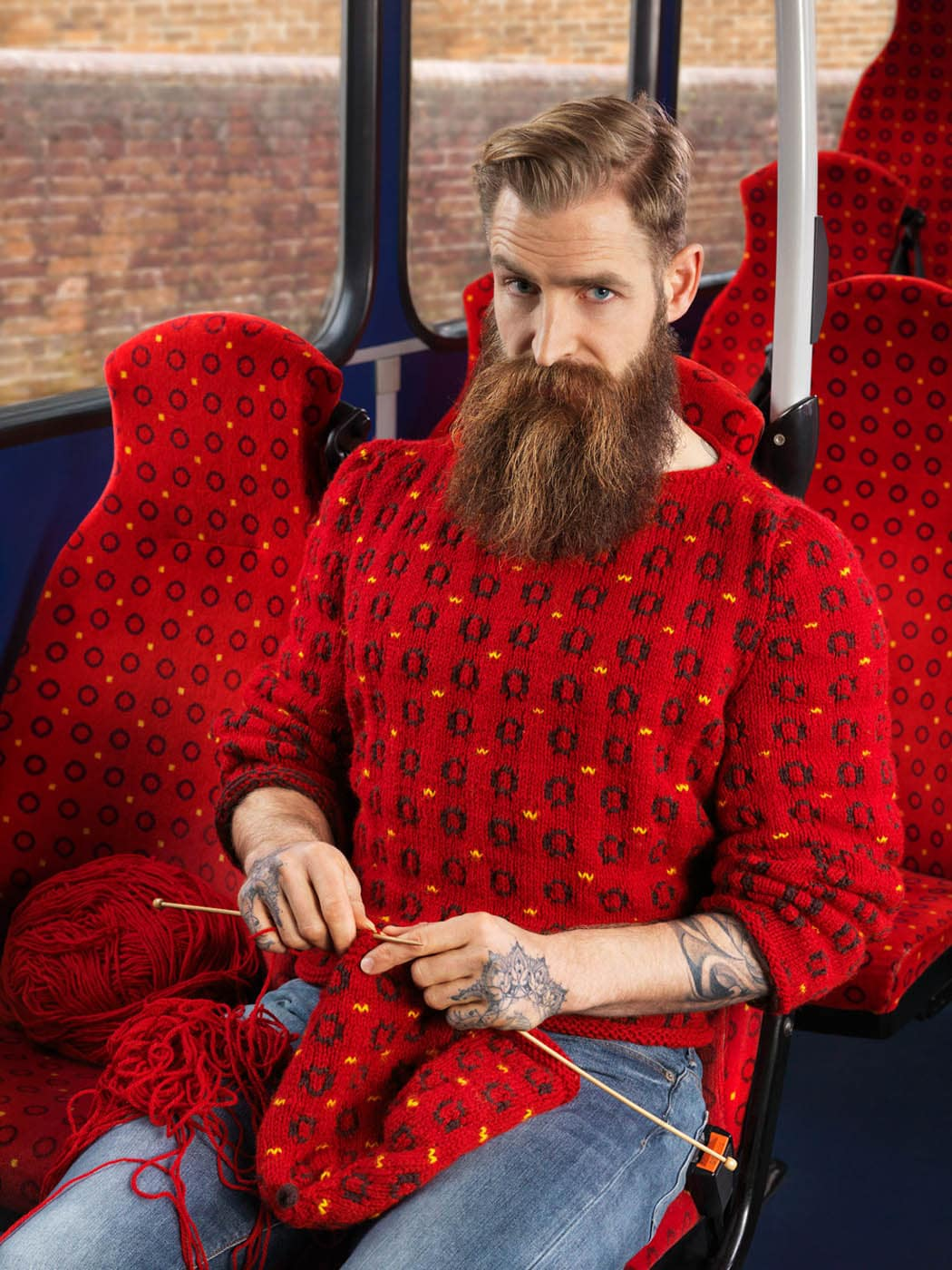 knitting in the bus with joseph ford